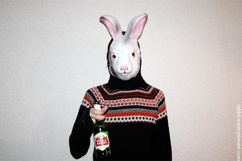 February 05, 2011 @ 22:49 I'm drinking Stella Artois beer at home.. Изображение № 12.
