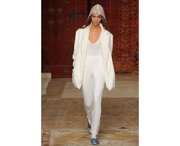 Неделя моды в Нью-Йорке: первые показы. Изображение № 21.