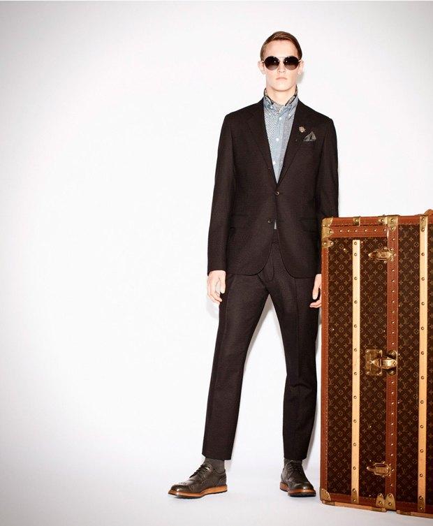 Показаны новые лукбуки Gucci, Louis Vuitton и Prada. Изображение № 3.