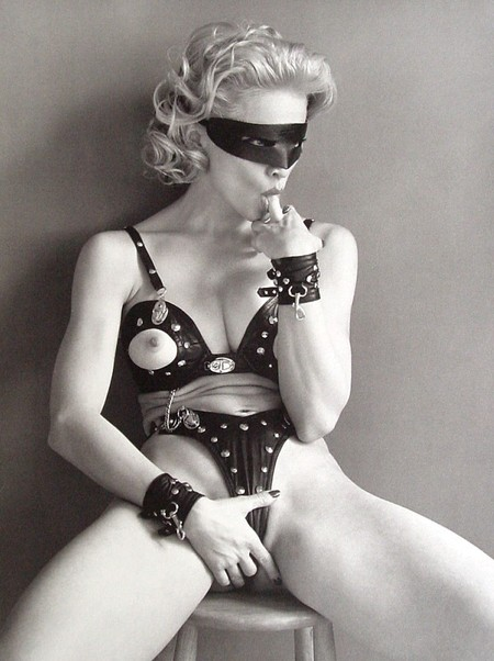 Книга Мадонны – «Секс». Изображение № 2.