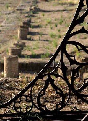 Gothic excavator sculpture. Изображение № 9.