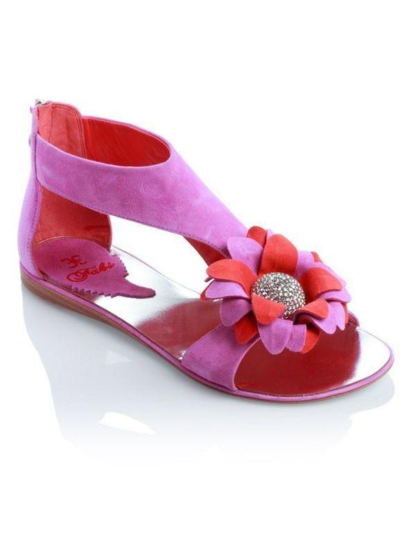 Изображение 28. Обувь: тренды лета 2011.. Изображение № 31.