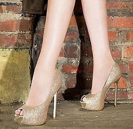 Изображение 2. Тренды обуви Весна-Лето 2011 от Steve Madden.. Изображение № 2.