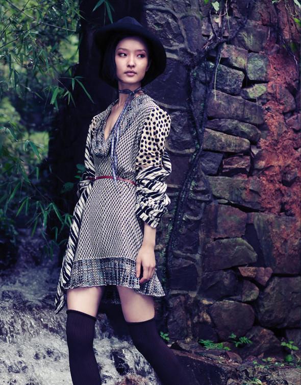Съёмка: Ду Цзюань для Vogue. Изображение № 1.