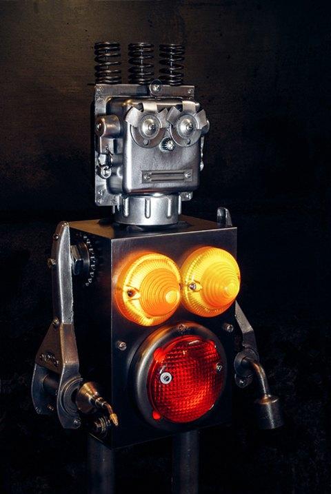 Фото: забавные роботы из промышленного мусора . Изображение № 10.
