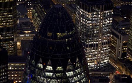 Jason Hawkesмне приснилось небо Лондона. Изображение № 4.