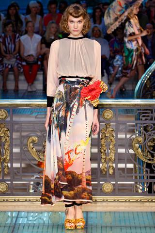 Ира Николаева на Tsumori Chisato SS 2012, фотография: Style.com. Изображение № 30.