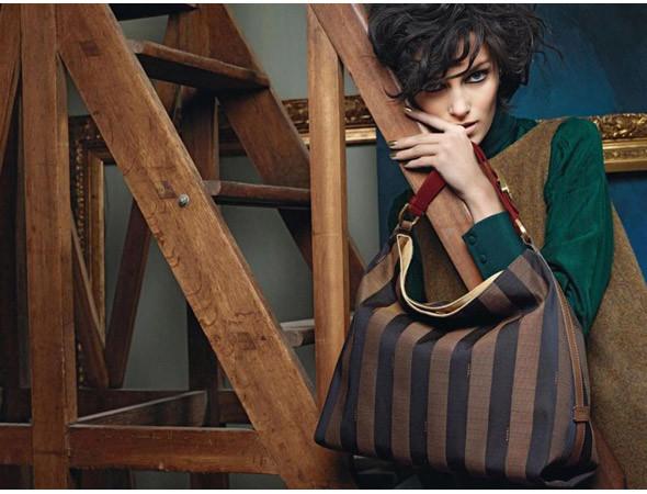 Рекламная кампания Fendi FW 2011. Изображение №30.
