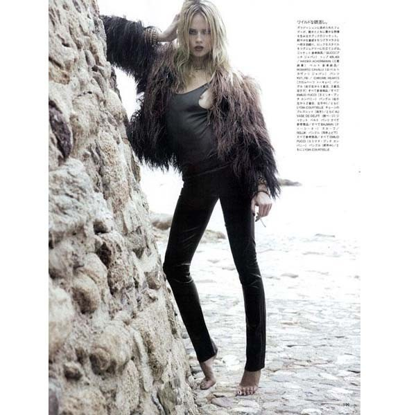 Новые съемки: Numero, Playing Fashion, Tangent и Vogue. Изображение № 39.