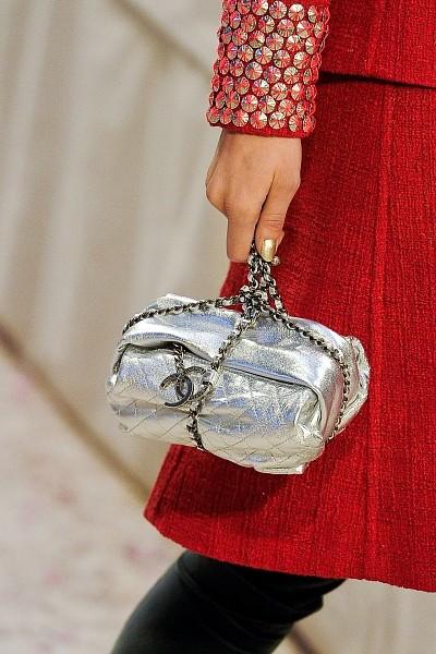 Детали с показа Chanel Pre-Fall 2012. Изображение № 22.