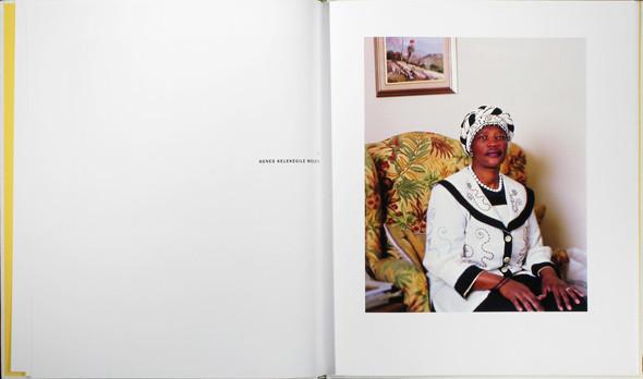 12 альбомов фотографий непривычной Африки. Изображение № 101.