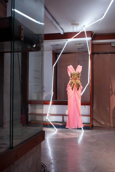 Изображение 1. Презентация Rodarte на Pitti W во Флоренции.. Изображение № 2.