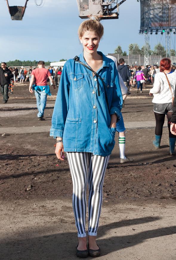 Золотые шорты, джинсовые рубашки и шляпы: Люди на фестивале MELT!. Изображение № 6.