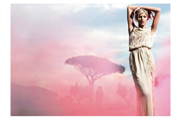 Новые рекламные кампании: Fendi, Mango, McQueen, Hermes. Изображение № 8.