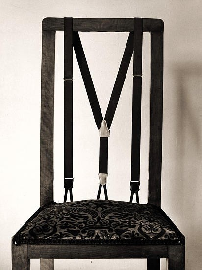Черно-белые сюрреалистические фотографии Chema Madoz. Изображение № 21.