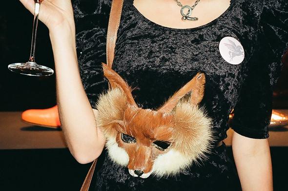 Детали: Лондонская неделя моды. Изображение № 50.