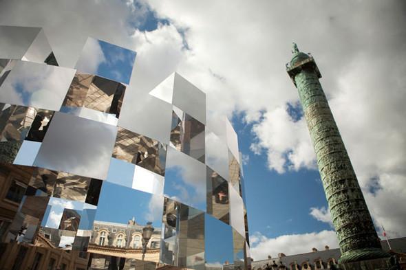 Дизайн-дайджест: Книга мифов о Бэнкси, выставка Ай Вэйвэя и арт-ярмарка FIAC в Париже. Изображение № 71.