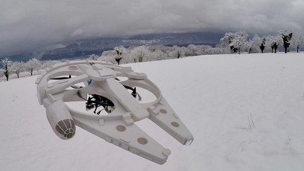 Энтузиаст построил дрон в виде «Тысячелетнего сокола». Изображение № 31.