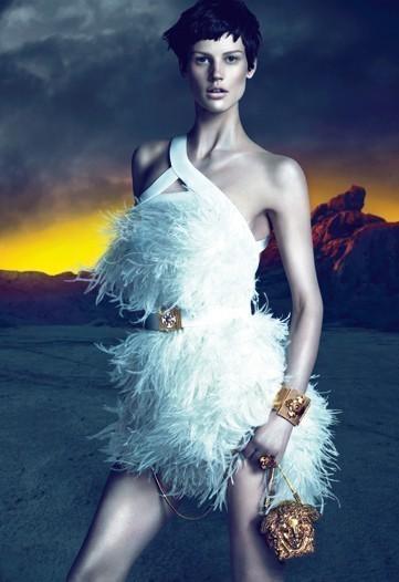 Изображение 2. Превью кампаний: Prada и Versace.. Изображение № 2.