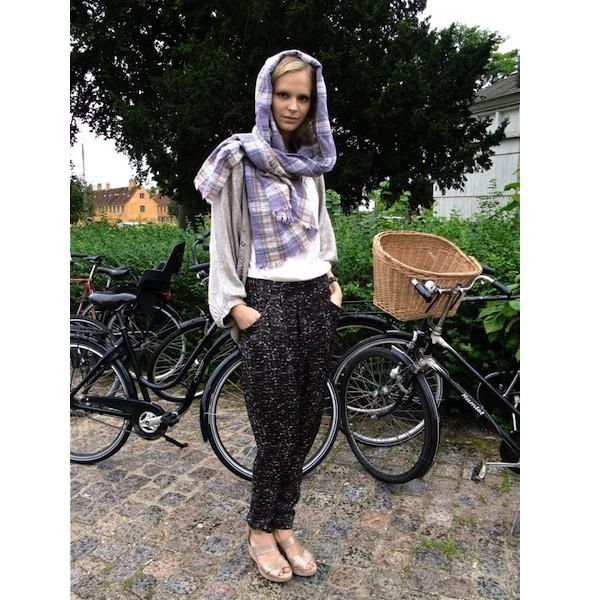 Луки с недель моды в Копенгагене и Стокгольме. Изображение № 15.