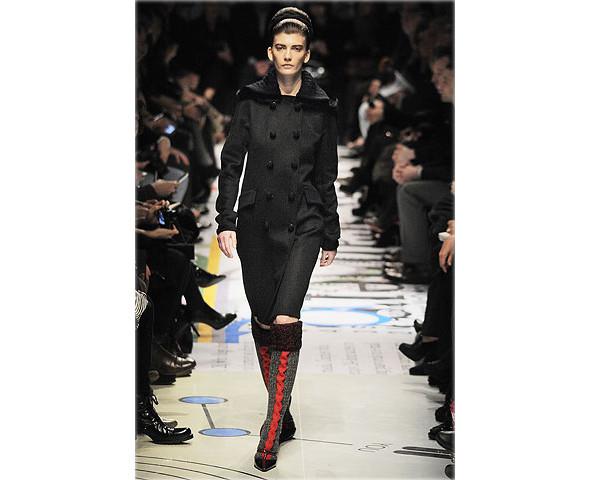 Показ Prada на Неделе моды в Милане. Изображение № 3.