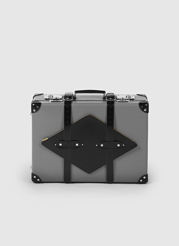 FLAG suitcases by BIG-GAME на thisispaper.com. Изображение № 2.