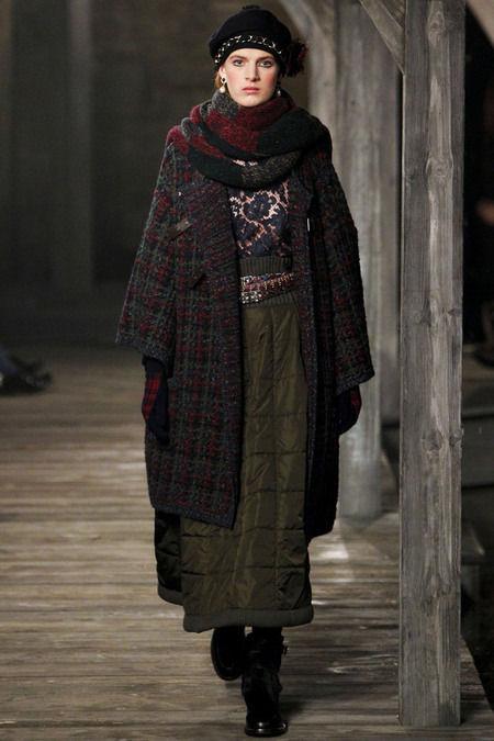 В Шотландии прошел предосенний показ Chanel. Изображение № 10.