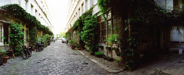 Изображение 26. Париж: Восток.. Изображение № 28.