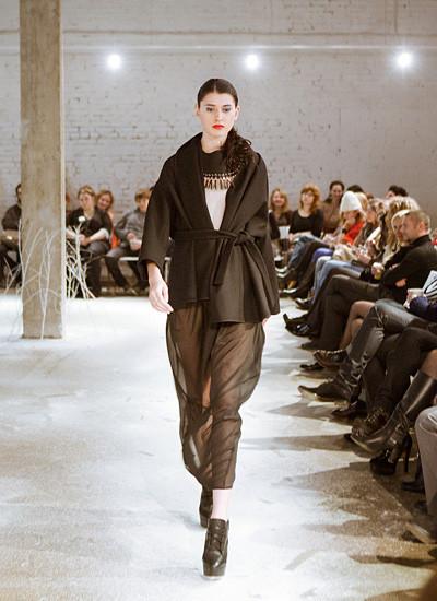 Модный показ на дизайн-заводе FLACON от магазина Ekepeople. Изображение № 10.