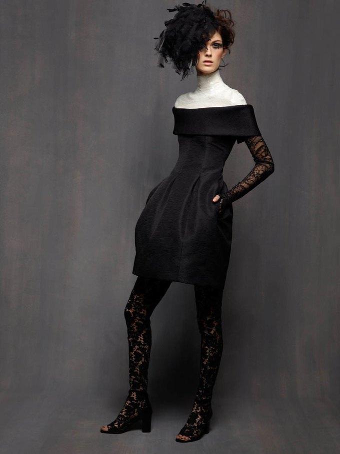 Chanel, Trends Brands и Urban Outfitters показали новые лукбуки. Изображение № 4.