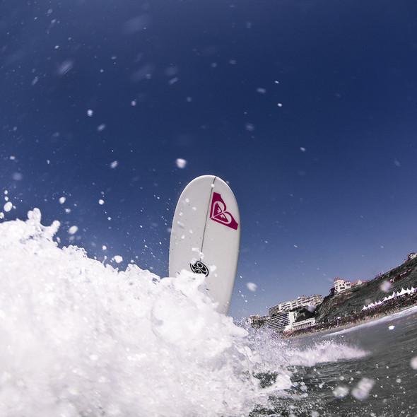 Roxy Jam: почему женский серфинг круче. Изображение № 9.
