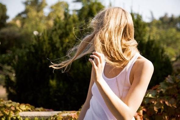 В этом есть чудо-прелесть - пускать по ветрам волоса. Изображение № 9.