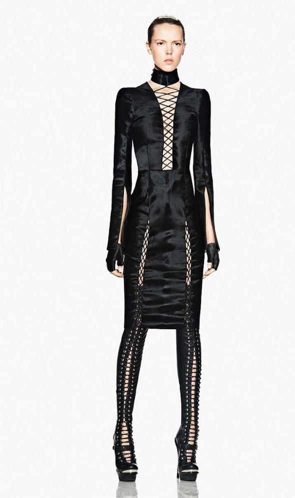 Лукбук: Alexander McQueen FW 2011. Изображение № 13.