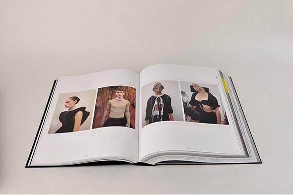 Книги о модельерах. Изображение № 117.
