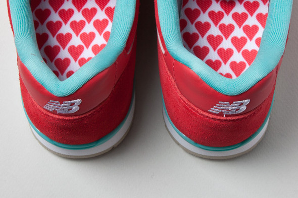 NEW BALANCE 996 HAPPY VALENTINES DAY. Изображение № 7.
