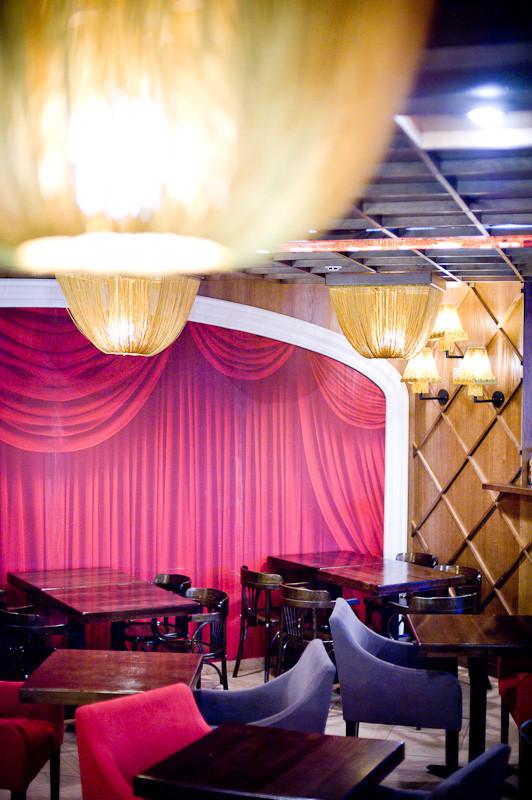 Кафе при Театре Оперы и Балета. Изображение № 12.