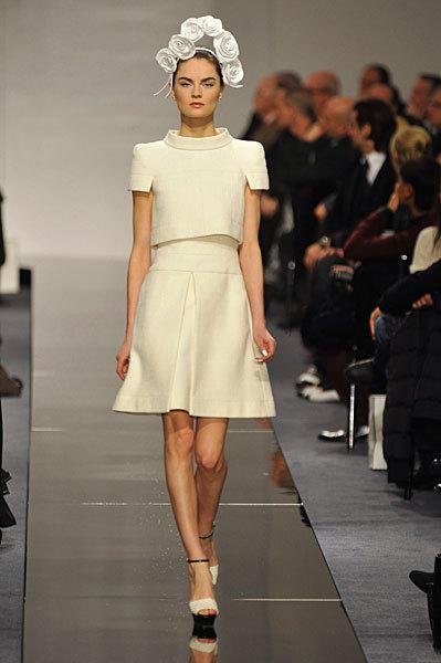 Chanel Spring 2009 Haute Couture. Изображение № 60.