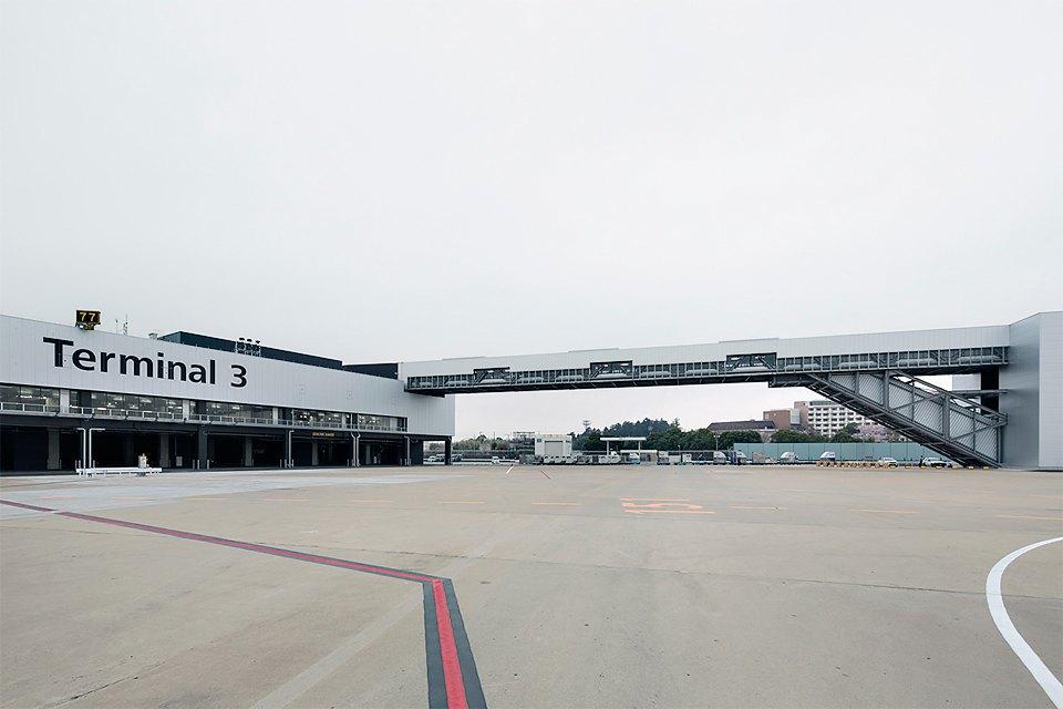 Фото: безупречный минимализм аэропорта вТокио. Изображение № 2.