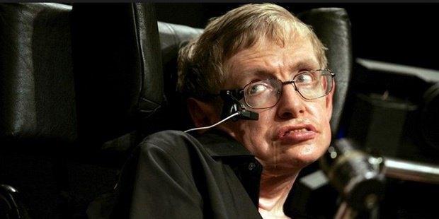 Стивен Хокинг захотел роль злодея в фильме о Бонде. Изображение № 1.