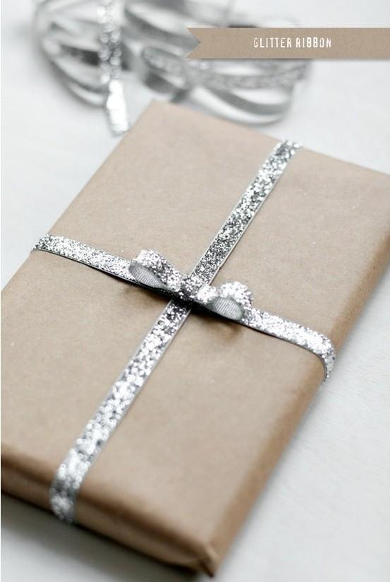 55 идей для упаковки новогодних подарков. Изображение №77.