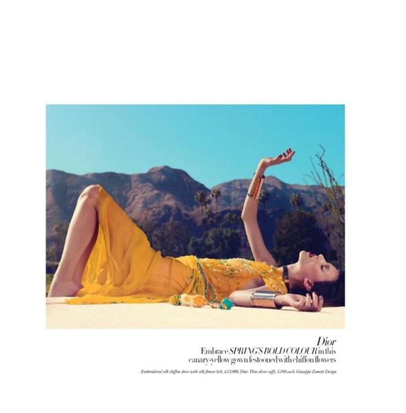 Изображение 8. Съемки: Harper's Bazaar, Metal, V и Vogue.. Изображение № 8.