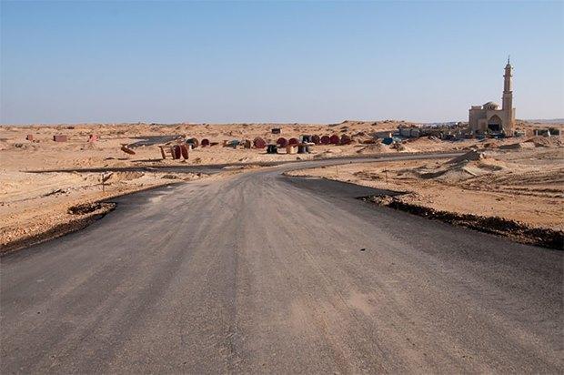 Как выглядит борьба человека и пустыни . Изображение № 17.
