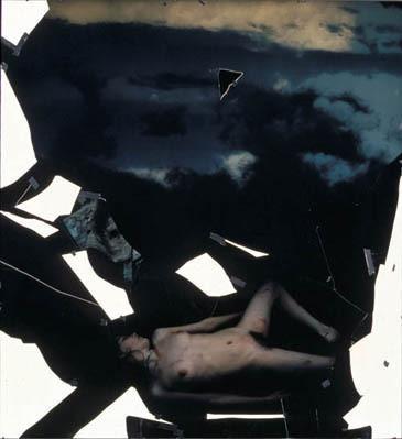 Части тела: Обнаженные женщины на фотографиях 1990-2000-х годов. Изображение №49.