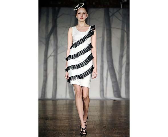 Неделя моды в Нью-Йорке: второй день. Изображение № 8.