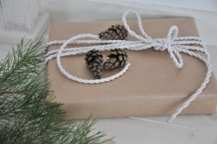 55 идей для упаковки новогодних подарков. Изображение № 30.