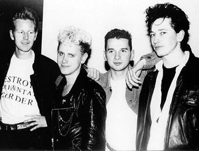 Depeche Mode выступили с Аланом Уайлдером. Изображение № 1.