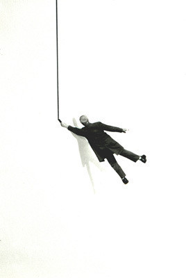 Еще восемь фотографов сюрреалистов. Изображение № 155.