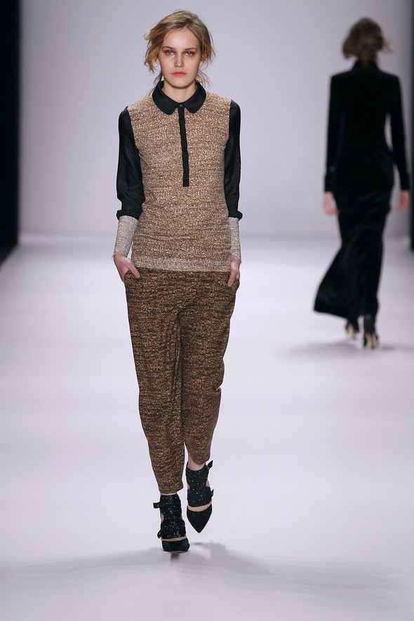 Berlin Fashion Week A/W 2012: Escada Sport. Изображение № 27.