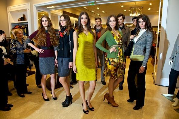 В Москве открылся первый магазин Banana Republic!. Изображение № 3.