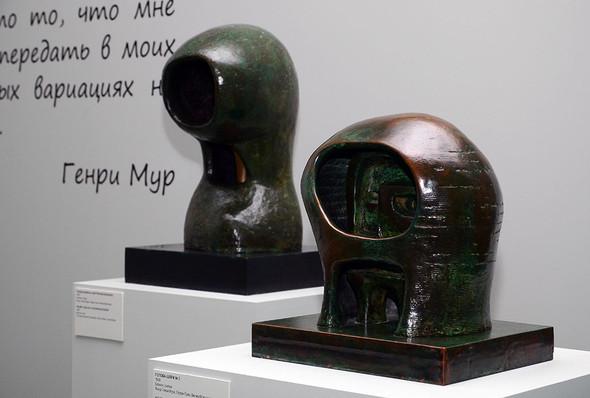 Скульптур Генри Мур. Выставка в Московском Кремле. Изображение № 1.